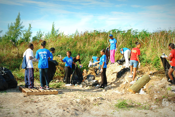Volunteers-International-Coastal-Cleanup