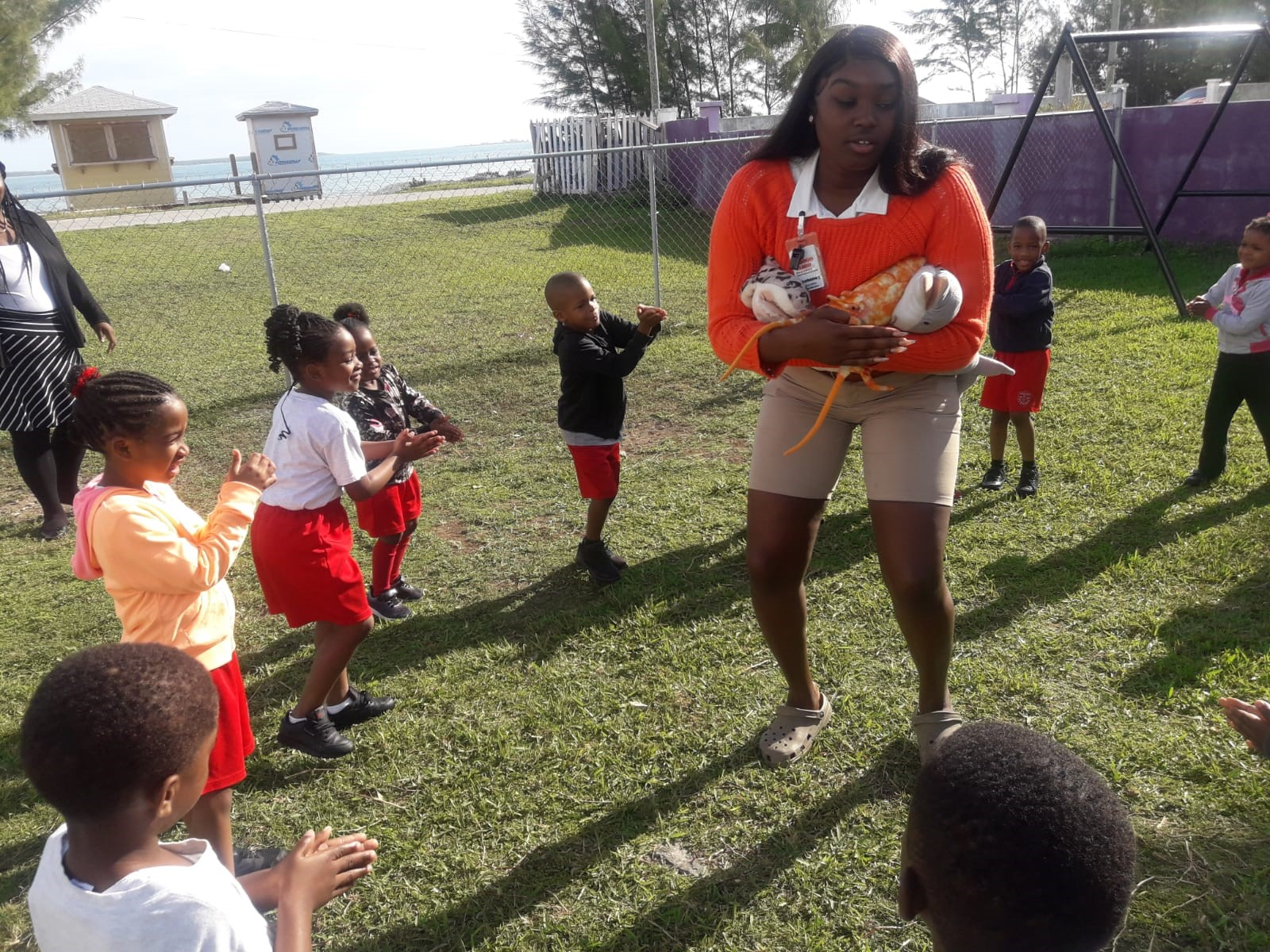 Coopers Town Primary Students Play Marine Freeze Tag with Education Coordinator Destaney Cox